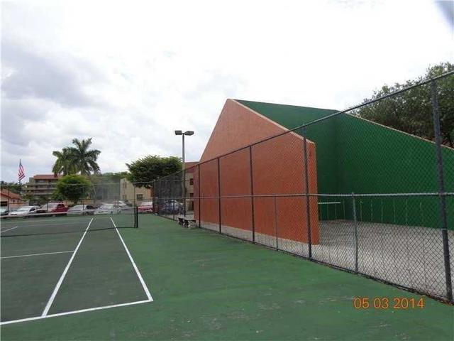 10229 NW 9th Street Cir #APT 114-2, Miami FL 33172