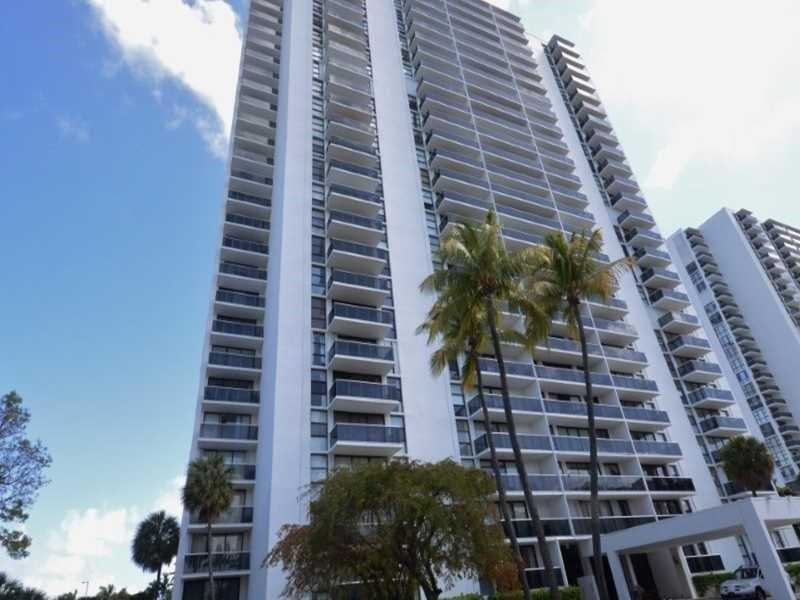3625 N Country Clb #APT 210, Miami Gardens, FL