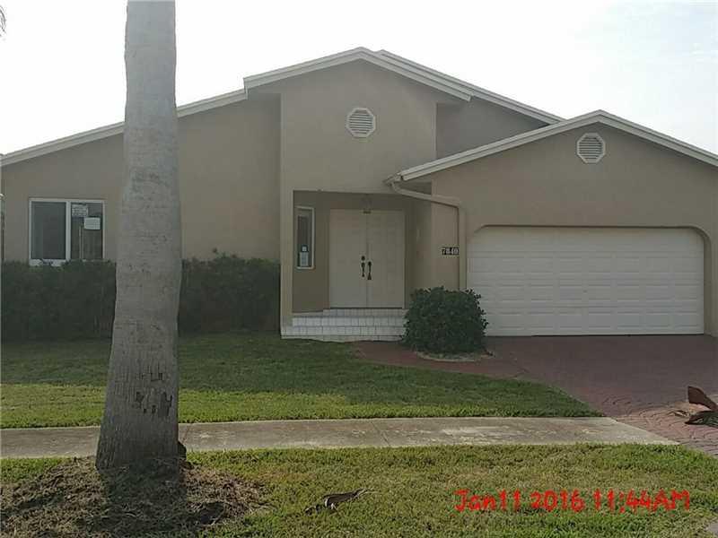 7840 SW 197th Ter, Miami, FL