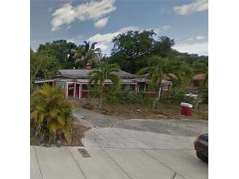 571 NE 159th St, Miami, FL