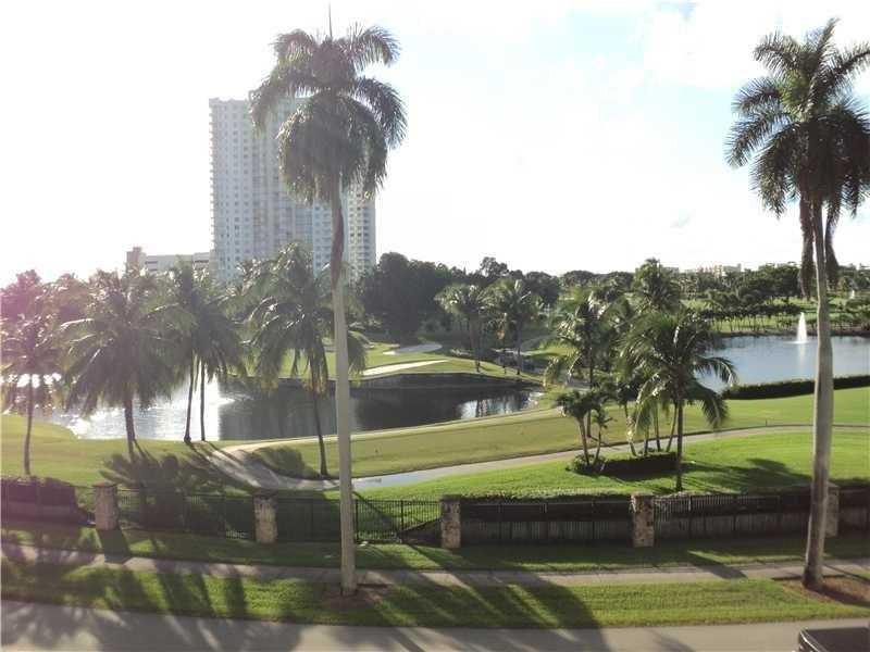 200 Diplomat Pkwy #APT 521, Hallandale, FL