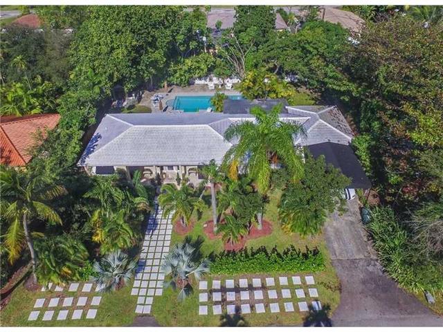 951 NE 119th St, Miami, FL