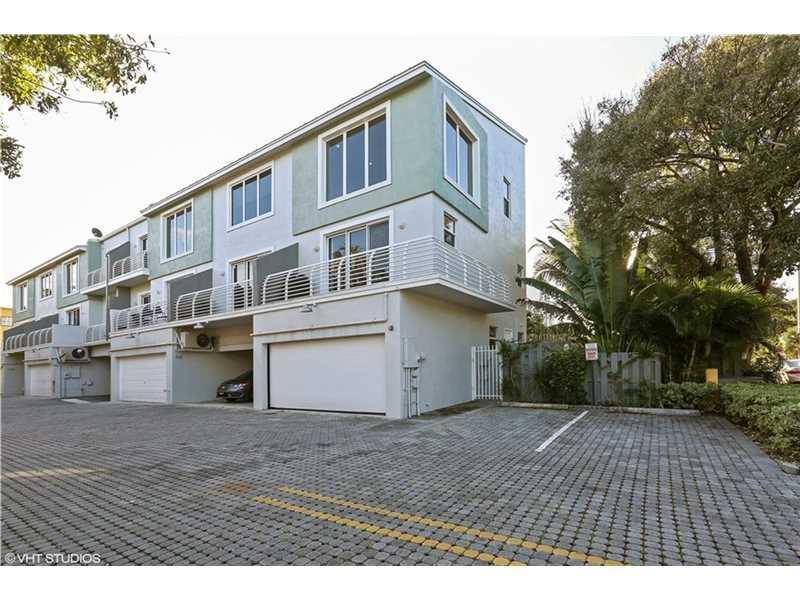 816 NE 28th St #APT 816, Fort Lauderdale, FL