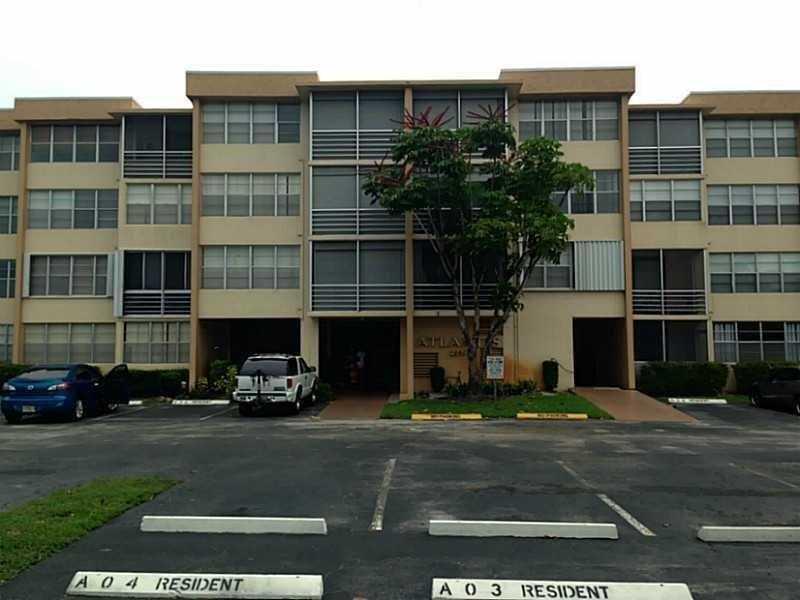 2771 Taft St #APT 108, Hollywood, FL