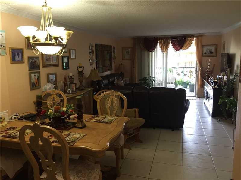 9360 Fontainebleau Blvd #APT 410, Miami, FL