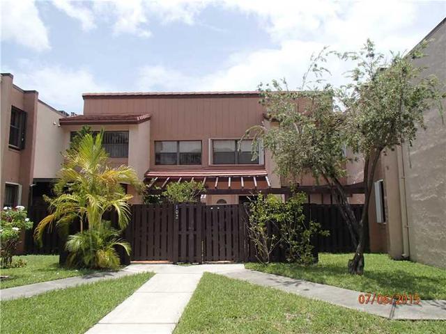 415 W Park Dr #APT 103, Miami FL 33172