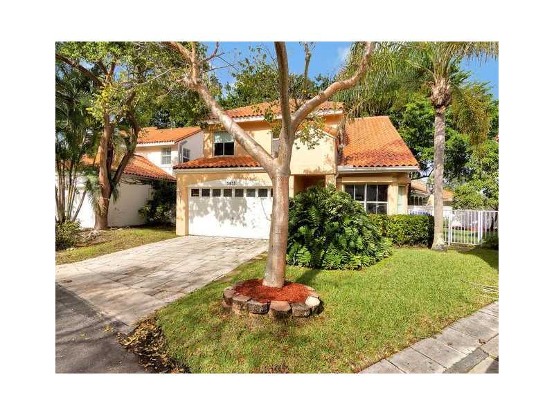 3875 Lombardy St, Hollywood, FL