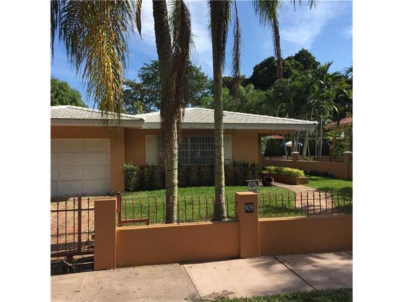 909 Alberca St, Miami, FL