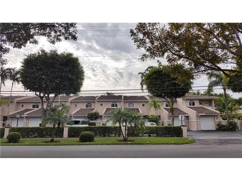 1300 NE 105th St #APT 3, Miami, FL