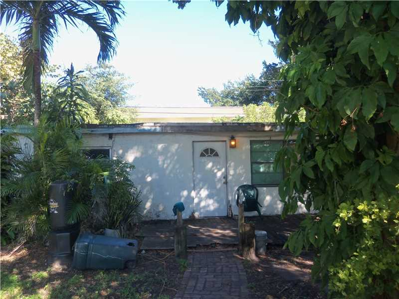433 NW 40th Ct, Fort Lauderdale, FL