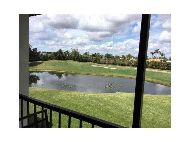 N Hollybrook Lake Dr -, Pembroke Pines FL
