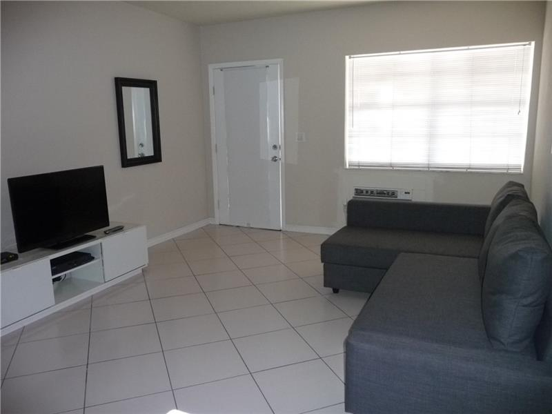 330 74 #APT 16, Miami Beach, FL