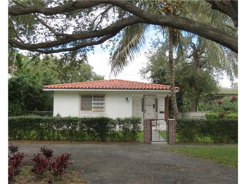 475 NE 91st St, Miami, FL