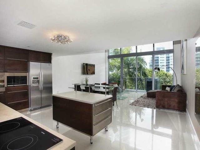 6000 Collins Ave #109, Miami Beach, FL 33140