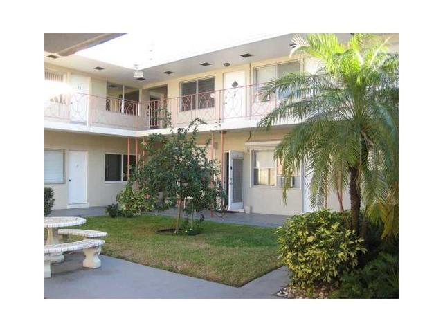 2000 Buchanan St #5, Hollywood, FL 33020
