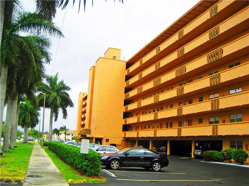 1000 NE 14th Ave #APT 409, Hallandale, FL