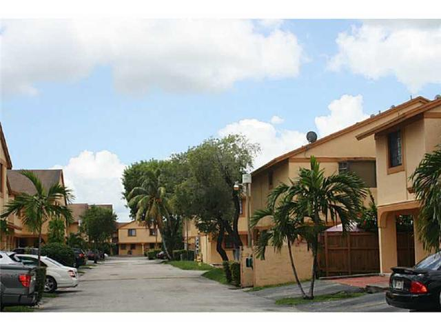 1601 SW 122 #APT 7, Miami FL 33175