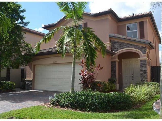 11252 NW 44th Ter, Miami, FL
