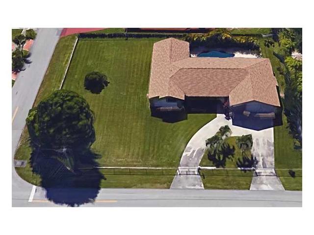 10960 SW 28th St, Miami FL 33165