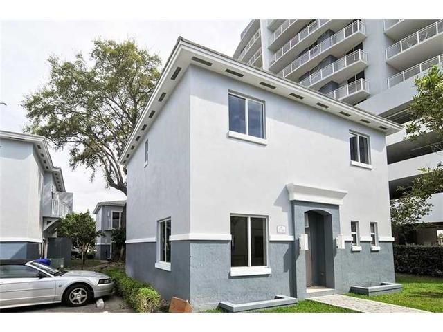 2736 SW 26 St #APT 2736, Miami, FL