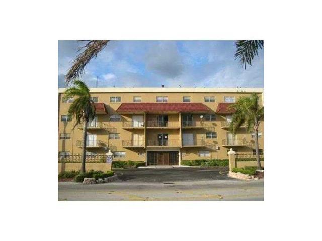 5100 SW 41 St #214, Pembroke Park, FL 33023