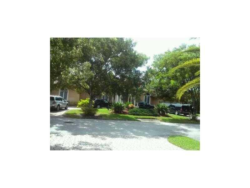 9502 SW 89th Ct, Miami, FL