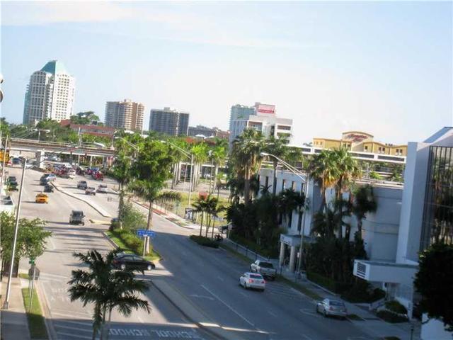 2575 SW 27th Ave #APT 305, Miami, FL