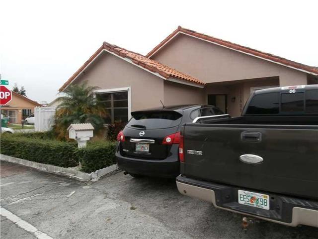 11500 SW 6th St, Miami FL 33174