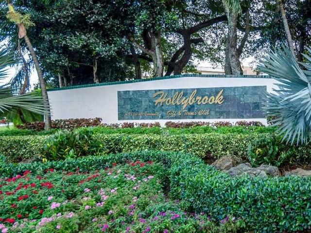 S Hollybrook Lake Dr , Pembroke Pines FL