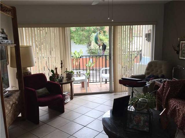 231 NW 109th Ave #APT 202, Miami FL 33172