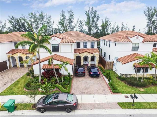 10351 NW 10th St, Miami FL 33172