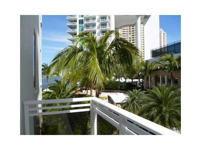 901 Brickell Key Blvd #509, Miami, FL 33131