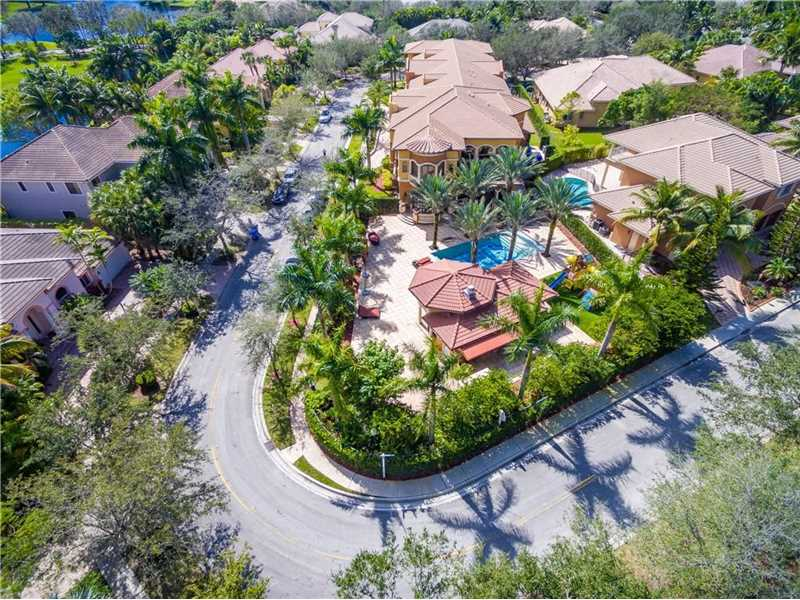 3600 Estate Oak Cir, Fort Lauderdale, FL