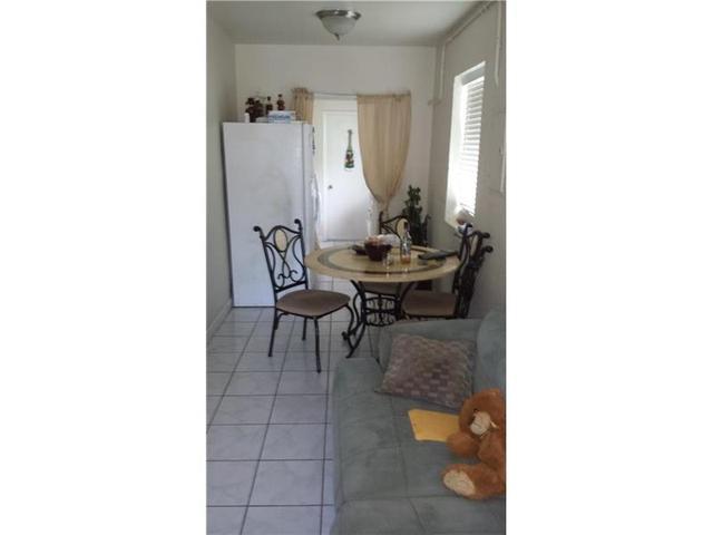 1720 NW 68 St, Miami, FL