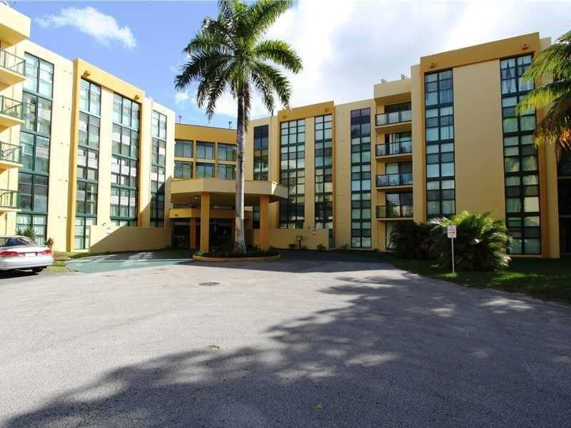 11790 SW 18th St #APT 424-3, Miami, FL