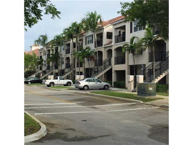 5800 W Sample Rd #APT 307, Pompano Beach, FL