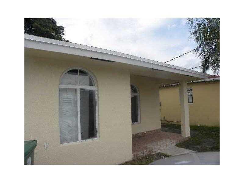 1711 NW 65 St, Miami, FL