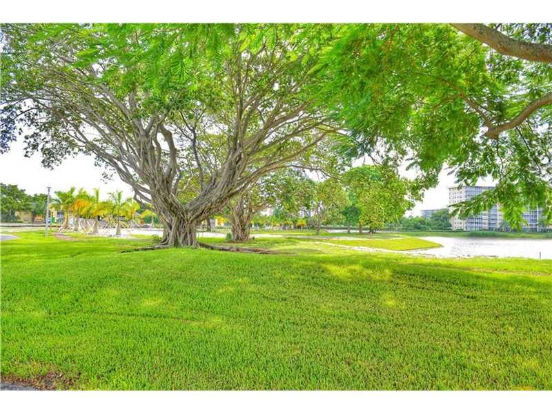 3091 N Course Drive #809, Pompano Beach, FL 33069