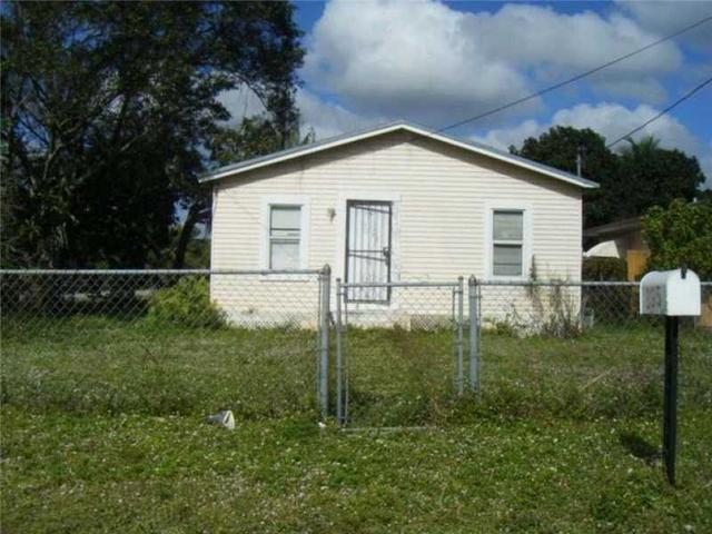 895 NW 112th St, Miami, FL