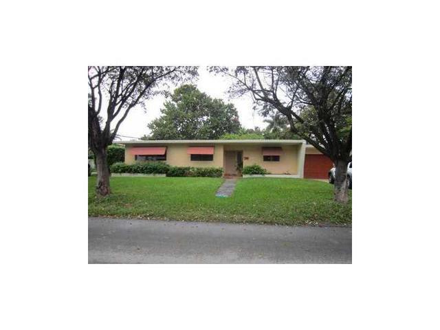 690 Ridgewood Rd, Key Biscayne, FL 33149