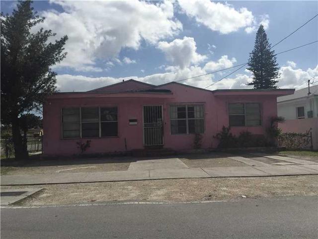 1800 NW 75th St, Miami, FL