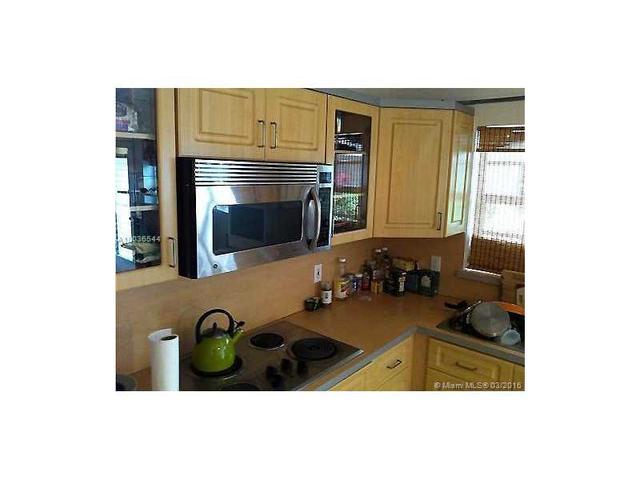 640 Pennsylvania Ave #10, Miami Beach, FL 33139