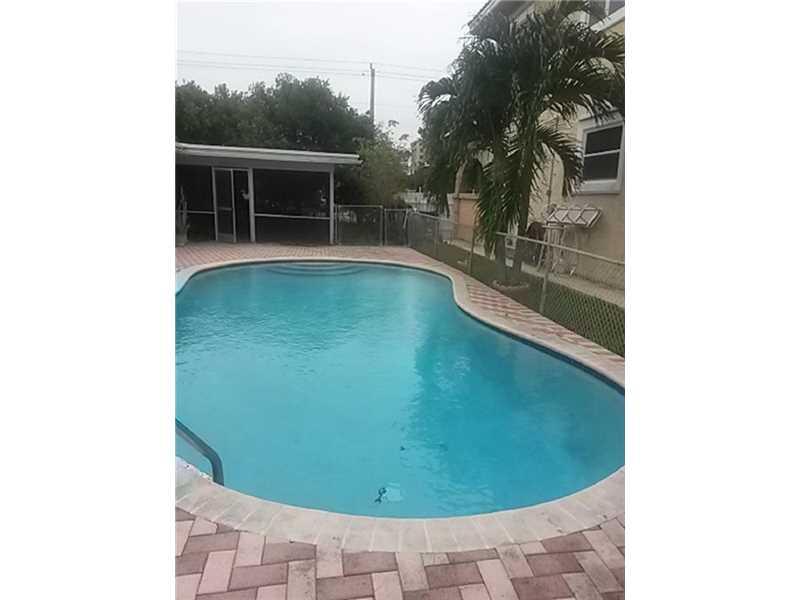 221 NE 18th Ave, Pompano Beach, FL