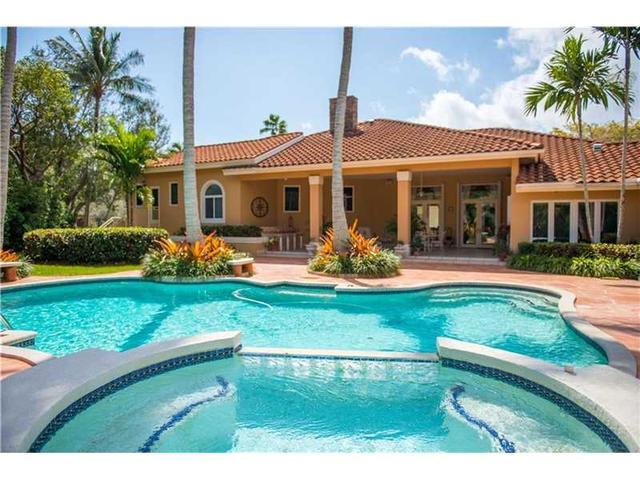 6895 SW 132 St, Miami, FL