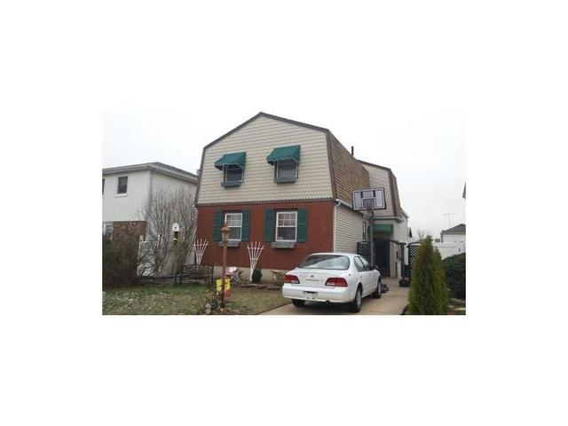 75 Kenmore St, Staten Island NY 10312