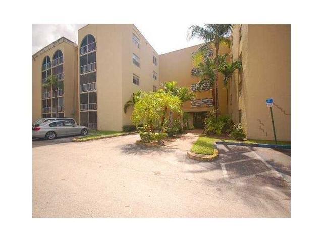 6990 NW 186 St #APT 4-112, Hialeah, FL