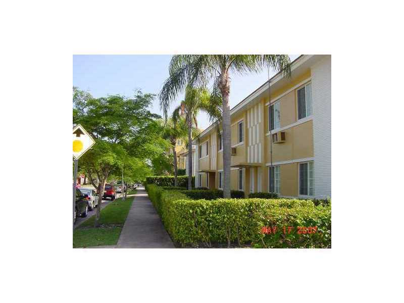 1300 Salzedo St #APT 7, Miami, FL
