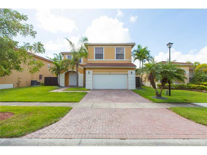 2117 NE 38th Rd, Homestead, FL