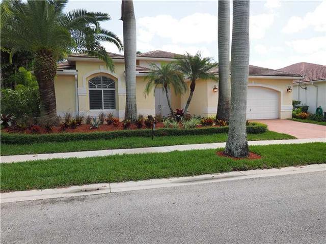 2558 Jardin Mnr, Fort Lauderdale FL 33327