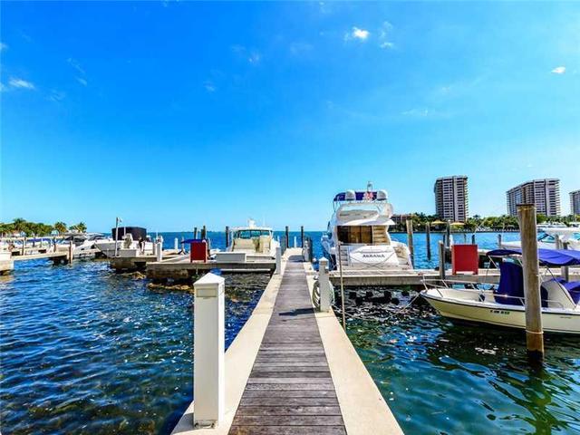 1660 W Glencoe St #401, Miami, FL 33133